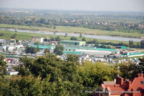 Vue du haut de la porte Opatowska, Sandomierz, Pologne