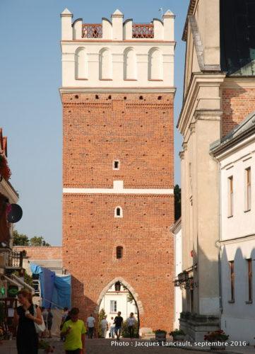 Porte Opatowska, Sandomierz, Pologne