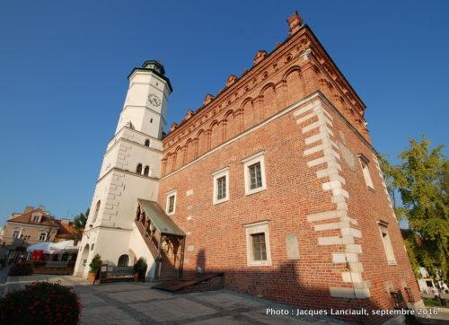Hôtel de Ville et tour de l'horloge, Sandomierz, Pologne