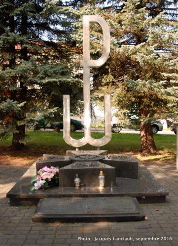 Monument aux héros de l'insurrection ce Varsovie, Szczebrzeszyn, Pologne