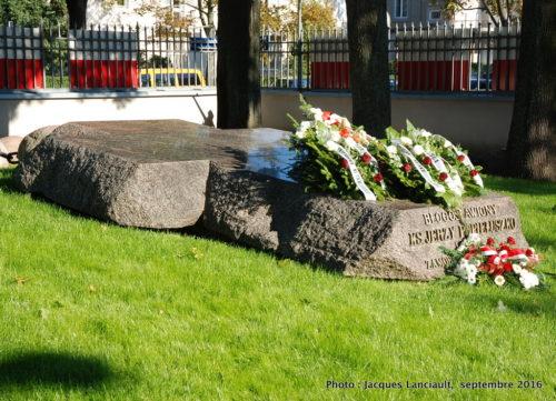Monument funéraire de Jerzy Popiełuszko, église Stanisław Kostka, Varsovie, Pologne