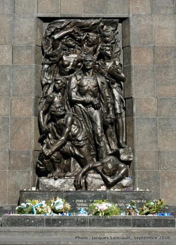 Monument aux Héros du ghetto juif, Varsovie, Pologne