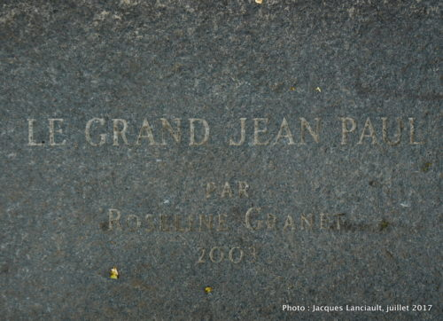 Le grand Jean-Paul, place Jean-Paul Riopelle, quartier international, Montréal, Québec