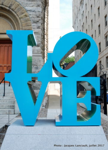 LOVE, Robert Indiana, Balade pour la Paix, Montréal, Québec