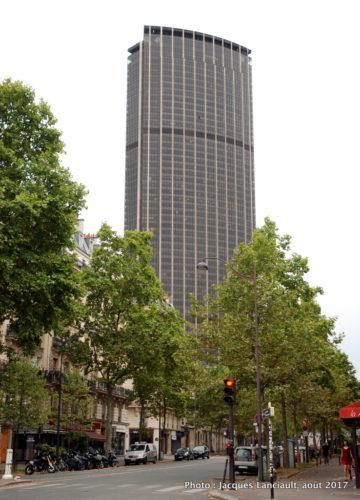 Quartier Montparnasse, Paris, France