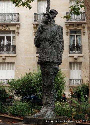 Place Pierre Lafue, Paris, France