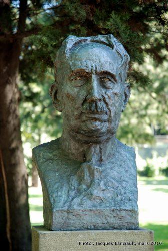 Luis Agote, Plaza Bartolomé Mitre, Buenos Aires, Argentine