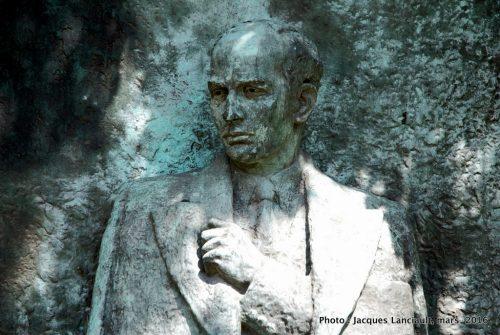 Raoul Gustav Wallenberg, Plaza Rubén Darío, Buenos Aires, Argentine