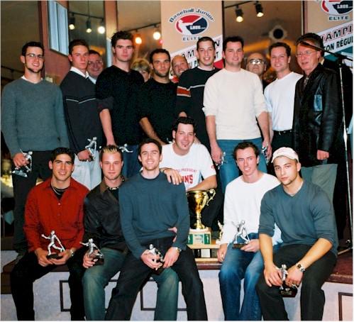 Champions 2003 des séries de fin de saison... les Bisons de Saint-Eustache