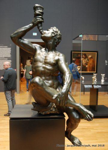 Triton soufflant une coquille de conque, Rijksmuseum, Amsterdam, Pays-Bas