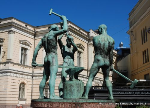 Three Smiths Statue, Helsinki, Finlande