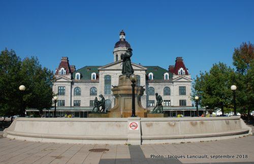 La fermière, fontaine allégorique, Alfred Laliberté, Montréal, Québec