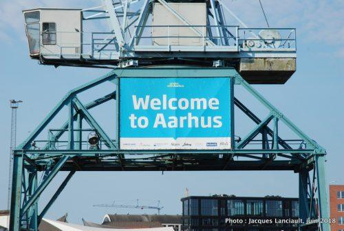 Grue du port, Aarhus, Danemark