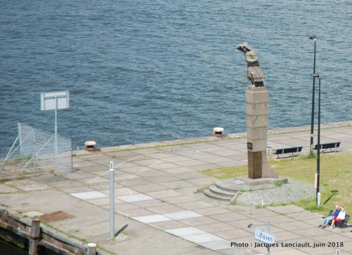 Zeeman op de uitkijk, Port d'Amsterdam, Pays-Bas