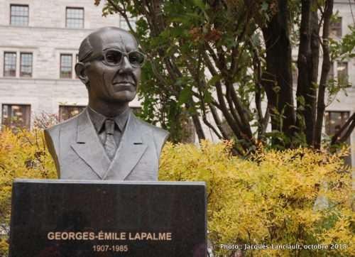 Buste de George-Émile Lapalme, Grande Allée, Québec