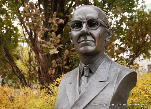Georges-Émile Lapalme, Grande Allée, Québec