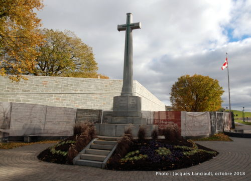 La Croix du sacrifice, Québec