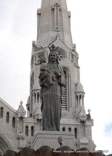 Fontaine de Sainte-Anne, sanctuaire de Sainte-Anne-de-Beaupré, Québec