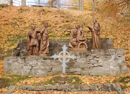 Chemin de croix, sanctuaire de Sainte-Anne-de-Beaupré, Québec