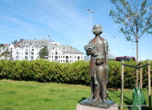 Søster og Bror, Ålesund, Norvège