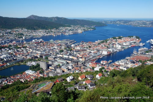 Bergen vue du sommet du mont Fløyen, Norvège