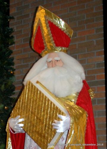 Saint Nicolas, évêque de Myre, parcours des pères Noël du Centre de commerce mondial de Montréal