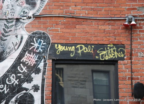 Young Dalí, rue de Bullion, Montréal, Québec