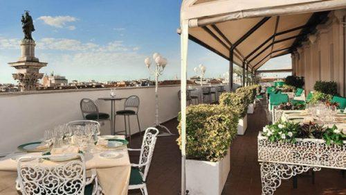 Terrazza dei Papi, Mecenate Palace Hotel, Rome, Italie