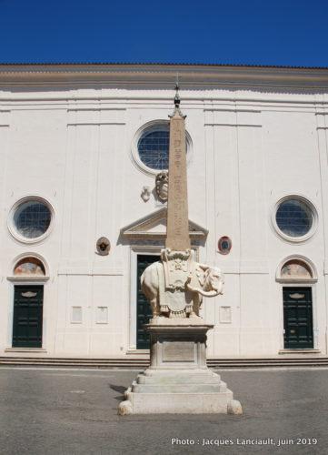 Obélisque de la piazza dellaMinerva, Rome, Italie