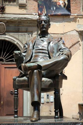 Giacomo Puccini, Lucques, Italie