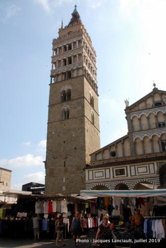 Campanile et marché public, Pistoia, Italie