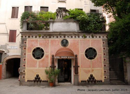 Hôtel San Fantin, campo San Fantin, Venise, Italie