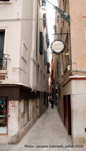Petite allée, Venise, Italie