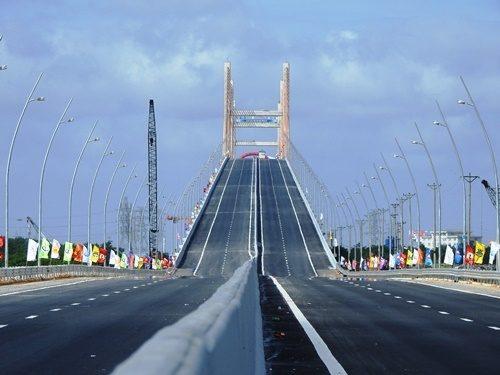 Pont Bach Dang, Hải Phòng, Vietnam