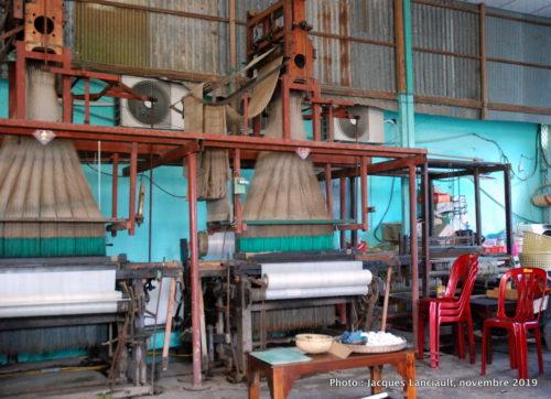Fabrique de soie, Tân Châu, Vietnam