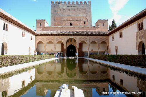 Patio de Comares, Alhambra, Grenade, Andalousie, Espagne