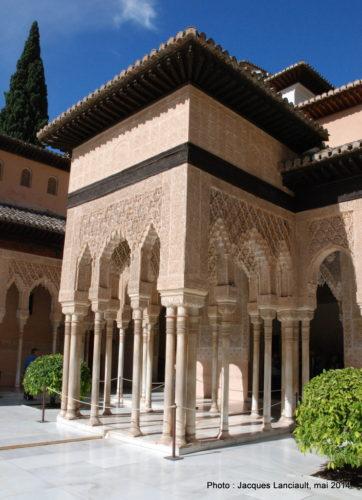 Patio de losLeones, Alhambra, Grenade, Andalousie, Espagne