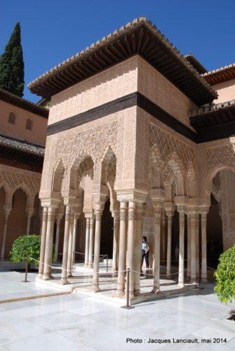 Cour des Lions, Alhambra, Grenade, Andalousie, Espagne
