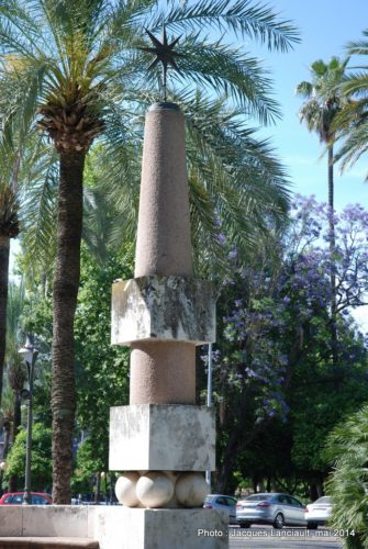Monument Julio Romero deTorres, Jardines de losPatos, Cordoue, Andalousie, Espagne