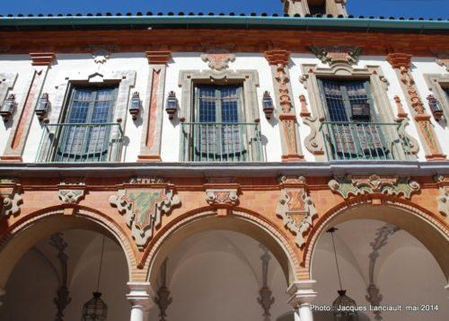 Cloître du palacio de la Merced, Cordoue, Andalousie, Espagne
