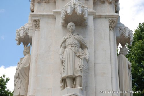Monument FerdinandIII, Plaza Nueva, Séville, Andalousie, Espagne