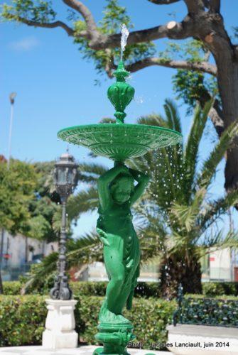 Fontaine du paseo de CarlosIII, Cádiz, Andalousie, Espagne