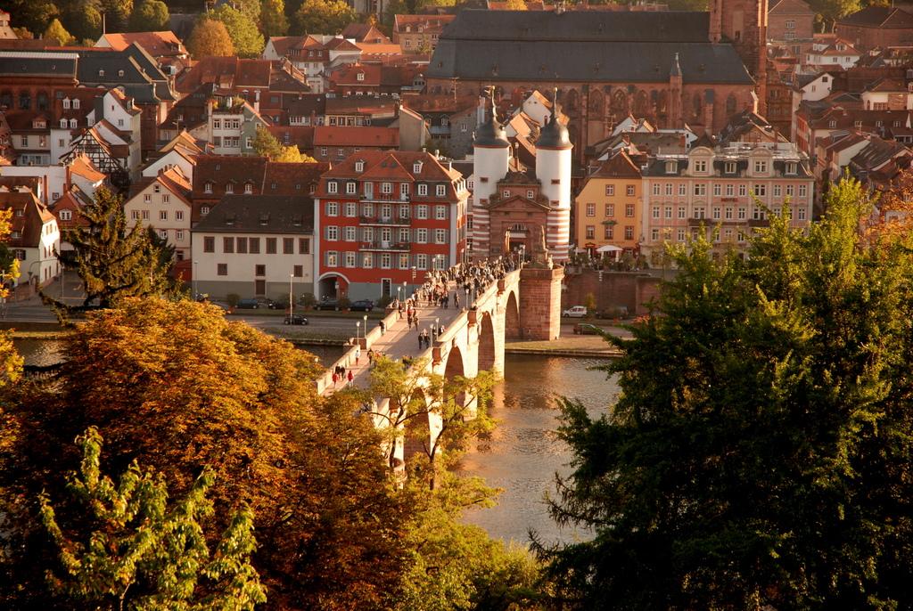 Heidelberg   Le Vieux Pont Et Le Chemin Des Philosophes