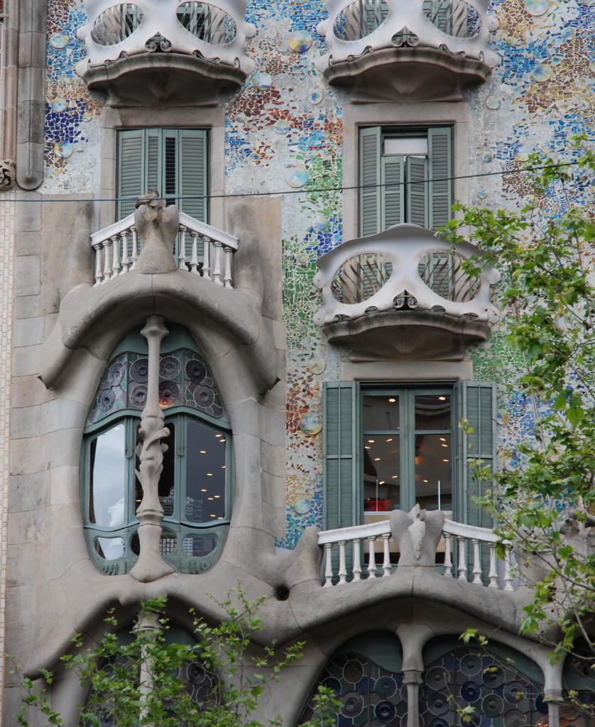 Chef d 39 oeuvre d 39 antoni gaud la casa batll - Maison d artiste a visiter ...