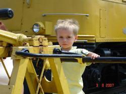 Félix aux commandes d'un véhicule d'inspection des rails!