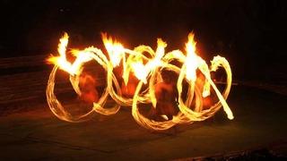 Samoan-fire-dance