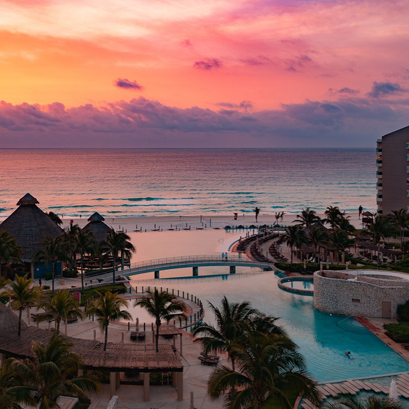 Sunrise in Cancún