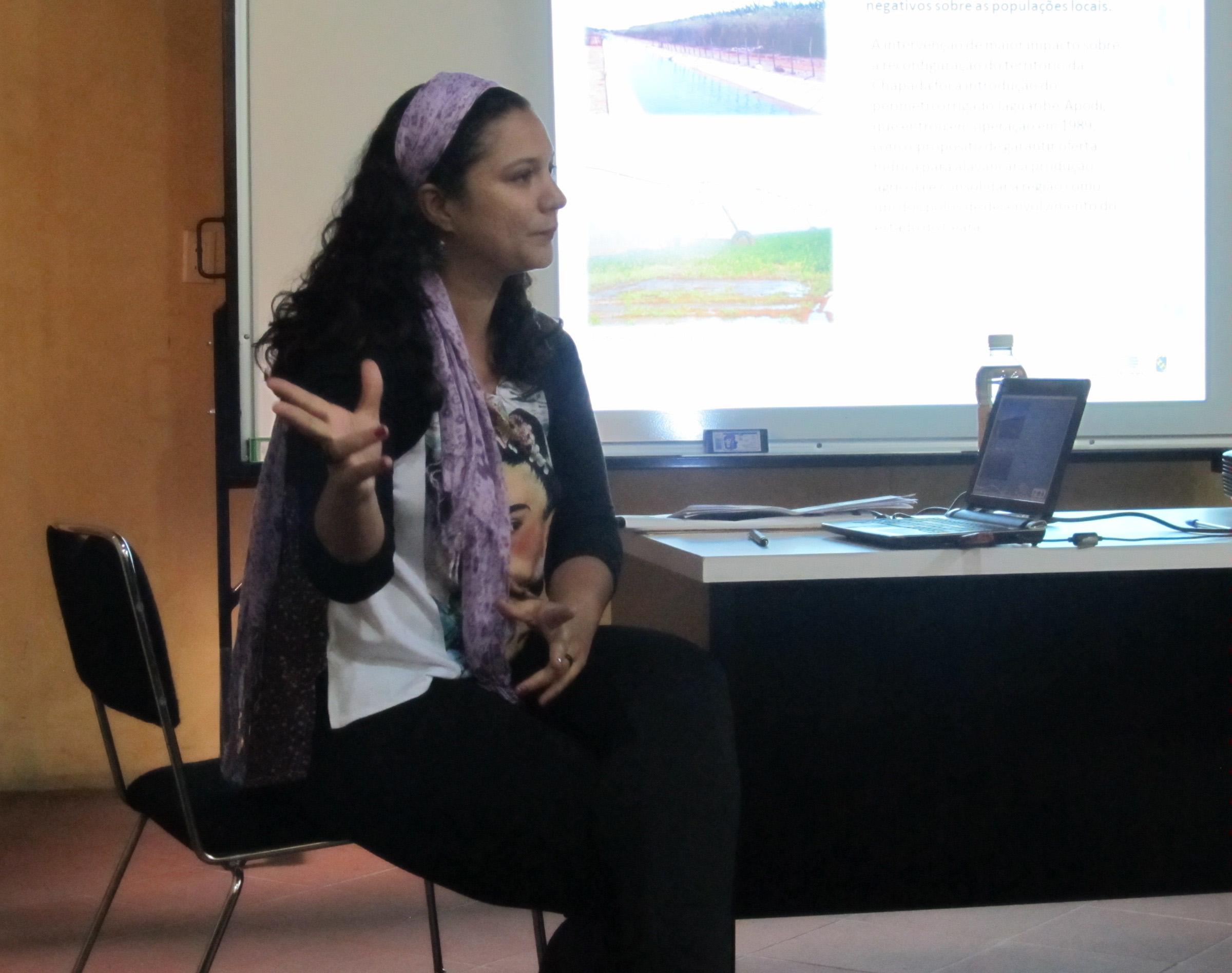''A sociedade precisa reagir ao cenário que vem sendo construído, mas, para isso, precisa ter a dimensão real do problema e de suas causas'', comenta a pesquisadora Mayara Melo