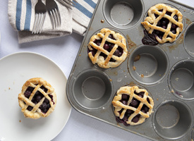 Cascadian Farm Mini Blueberry Pies