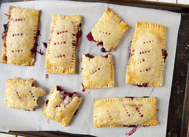 Cascadian Farm Raspberry and Currant Hand Pies